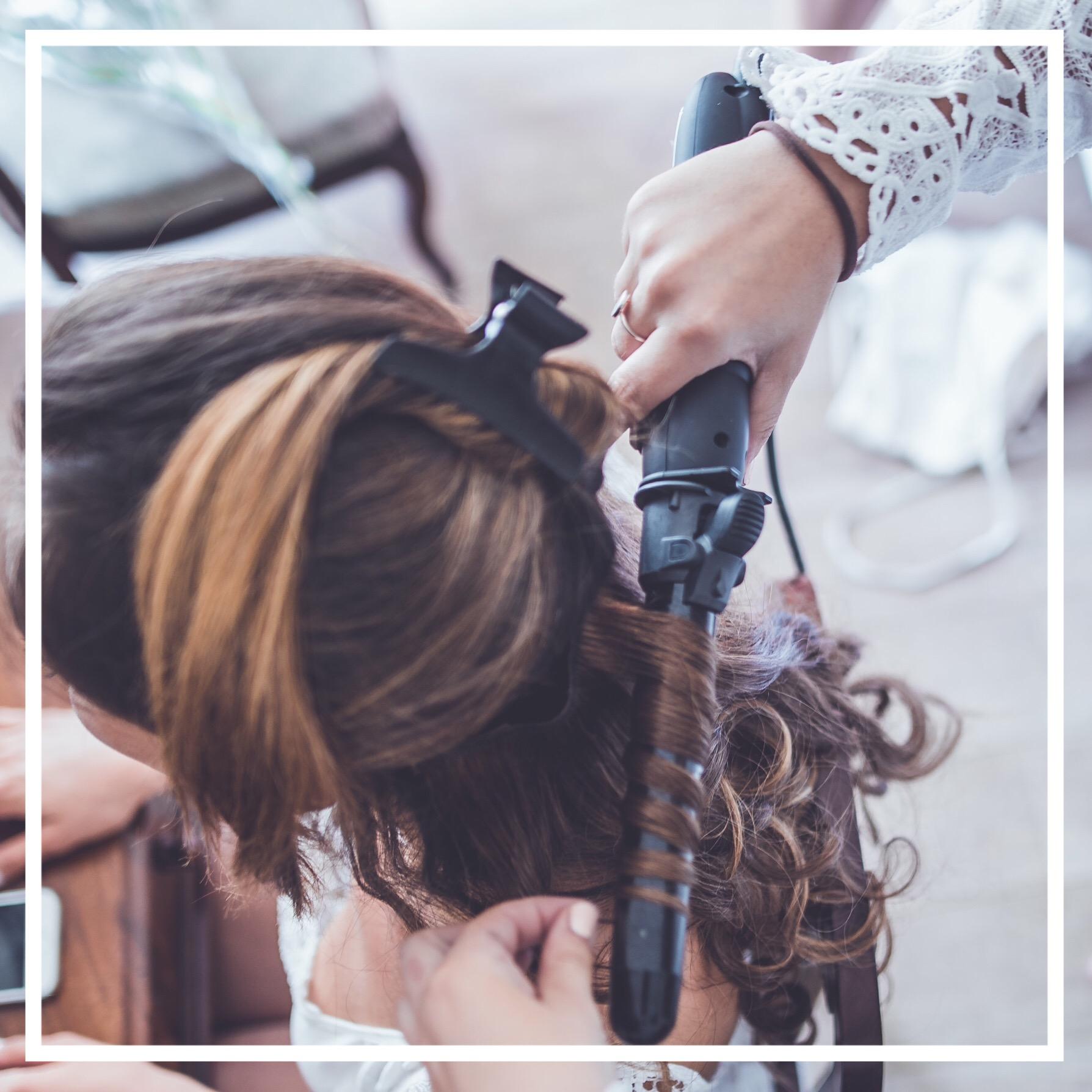 brushing coiffure