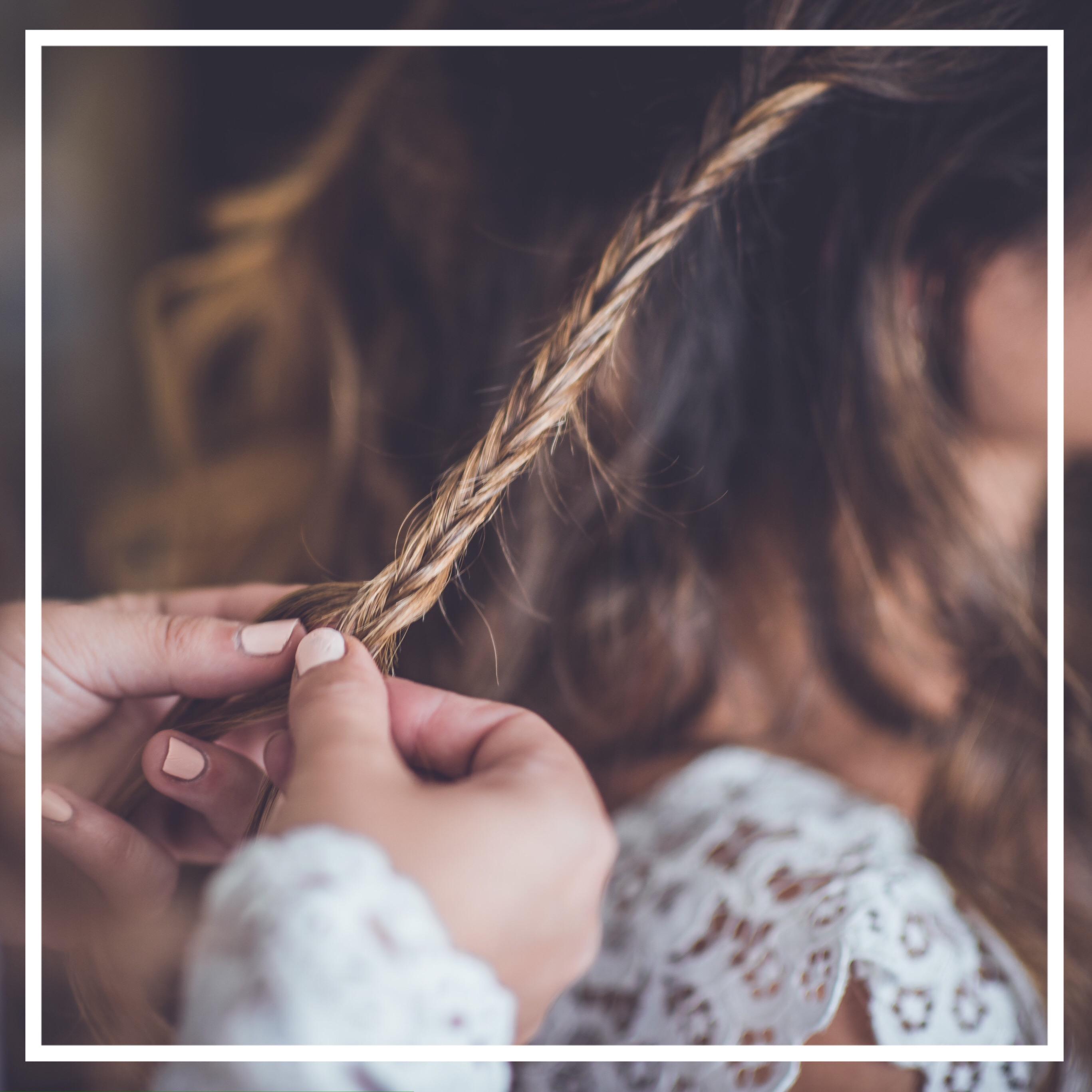 Apprendre à coiffer la mariée mariage